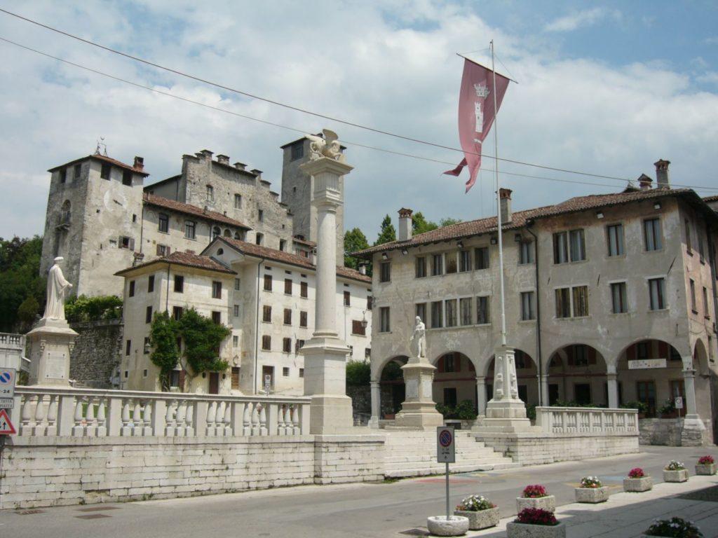 Feltre, Piazza Maggiore - Gaia Erbe